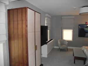 Image The-Carlton-Hotel-2-1-300x225